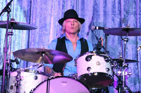 Matt Sorum Plans Solo LP, L.A. Benefit With Slash