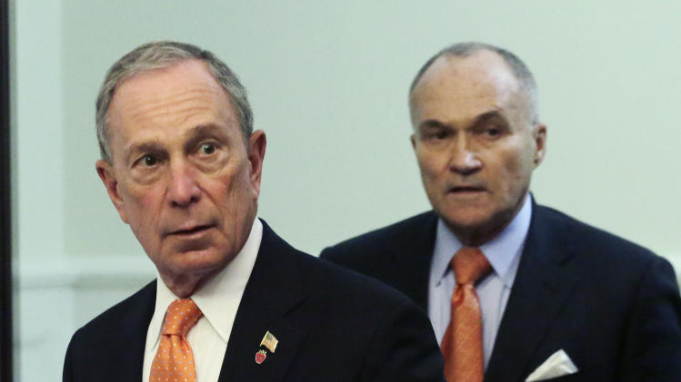 New York Mayor Michael Bloomberg, left, and Police Commissioner Raymond Kelly arrive for a news conference, Thursday, April, 25, 2013 in New York. The two say the Boston Marathon bombing suspects intended to blow up their remaining explosives in Times Square. (AP Photo/Mark Lennihan)