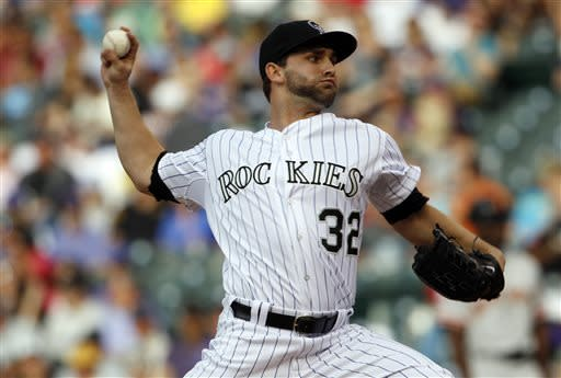 Chatwood leads Rockies past Giants 10-2
