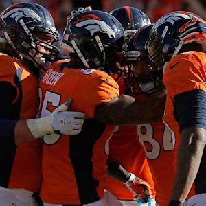 Denver Broncos Touch Down in New York for Super Bowl