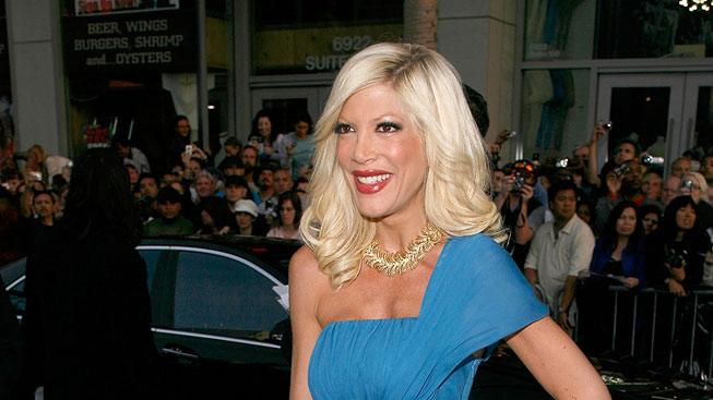 "Tori Spelling arrives on the red carpet of the Los Angeles premiere of ""Star Trek"" at the Grauman's Chinese Theater on April 30, 2009 in Hollywood, California."