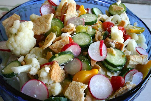 Radish & Cauliflower Salad