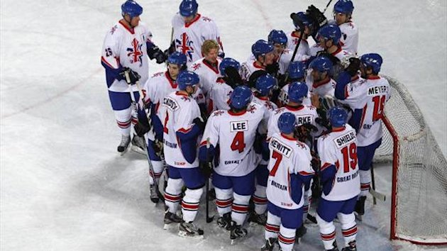 Great Britain's ice hockey team celebrate (Imago)
