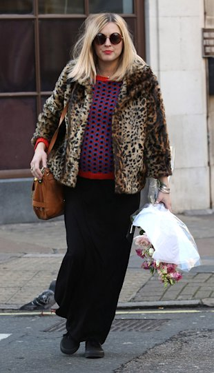 Pregnant Fearne Cotton wraps up in leopard print coat