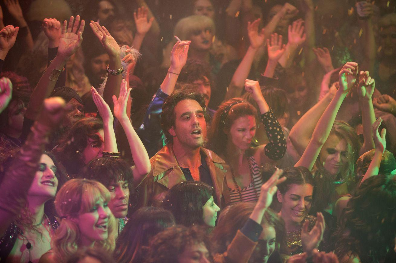 Vinyl, HBO's new drama, is sizzling and flashy and ultimately empty