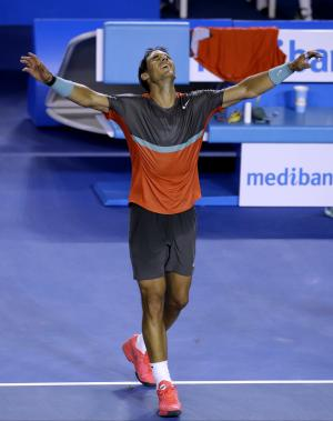 Nadal beats Federer, reaches Australian Open final