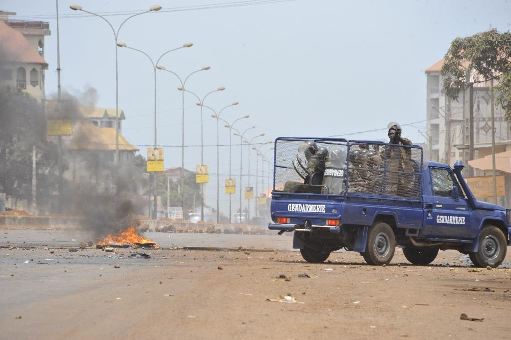 Protester killed as Guinea police and opposition clash