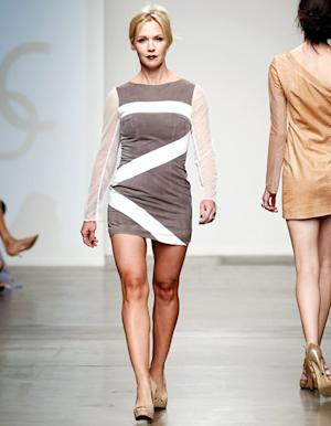 Jennie Garth Wears Pale Goth Makeup, Short Dress on Runway at New York Fashion Week