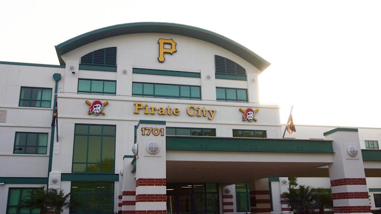 MLB: Pittsburgh Pirates-Pitchers and Catchers