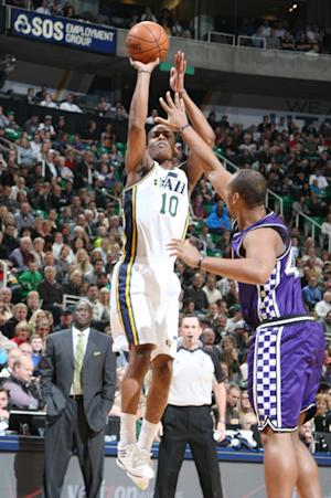 Foye, Millsap lift Jazz over Kings in OT, 98-91