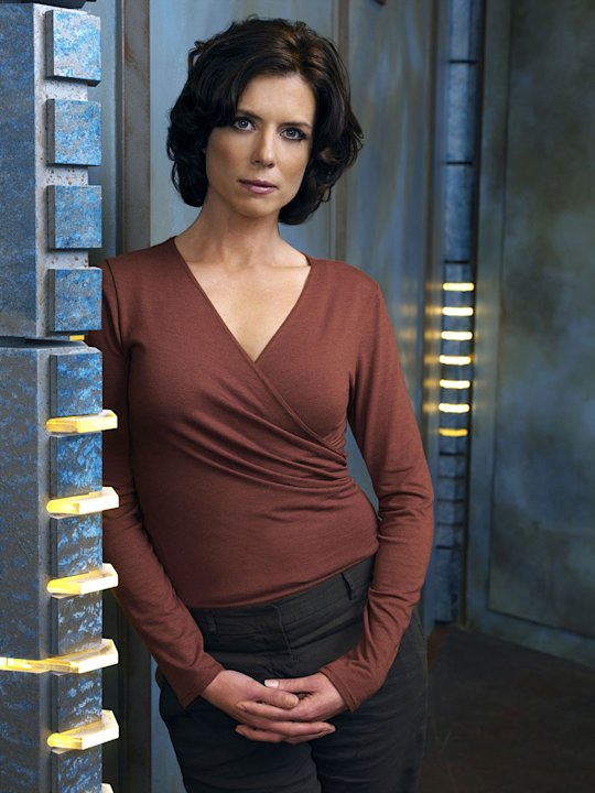 Torri Higginson stars as Dr. Elizabeth Weir in Stargate Atlantis.