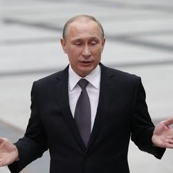 Putin Signs Law To Shut Down 'Undesirable' Foreign Organizations