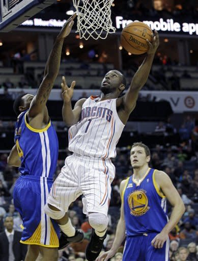 Walker scores 23 as Bobcats beat Warriors 112-100