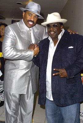 Premiere: Kings of Comedy Steve Harvey and Cedric the Entertainer at the L.A. premiere of Fox Searchlight's Johnson Family Vacation - 3/31/2004