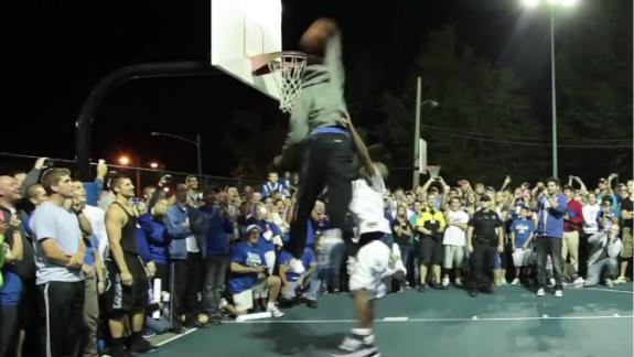 Kentucky players shoot around with fans