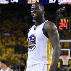 Draymond Green stays in the Bay