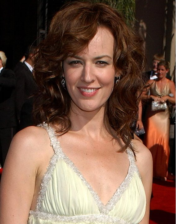 Rosemarie DeWitt at the 58th Annual Primetime Emmy Awards on August 27, 2006