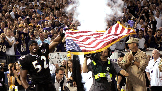 BALTIMORE - SEPTEMBER 11: Ray Lewis #52 of the Baltimore Ravens gets ready before the game against the Indianapolis Colts at M&T Bank Stadium on September 11, 2005 in Baltimore, Maryland. The Colts defeated the Ravens 24-7. (Photo by Joe Robbins/Getty Images)