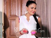 Veena Malik spotted playing Holi on NAGNA SATYAM sets