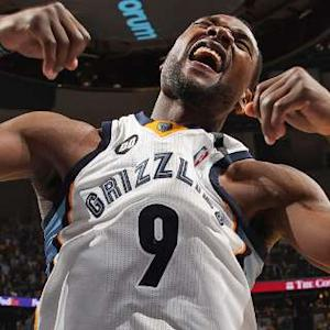 Play of the Day: Tony Allen