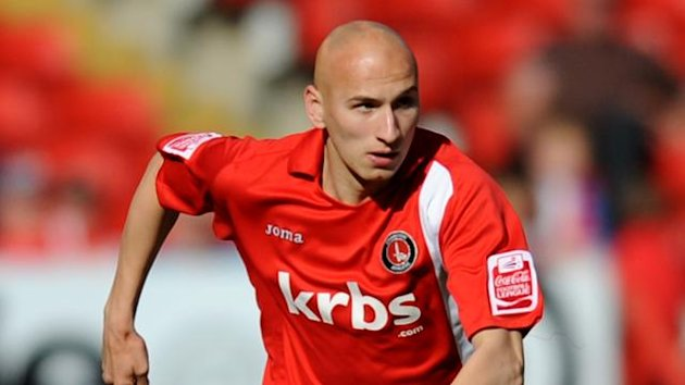 2009-2010 Charlton Athletic Jonjo Shelvey
