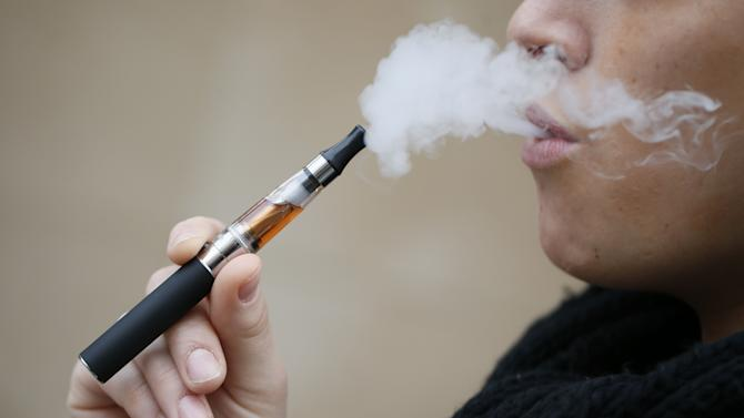 E-cigarettes should be banned from indoor public spaces, according to the World Health Organization