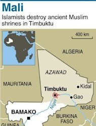 Map of Mali locating Timbuktu, where Islamist militants have destroyed the 'sacred' door of one of Timbuktu's three ancient mosques after smashing seven tombs of muslim saints over the weekend