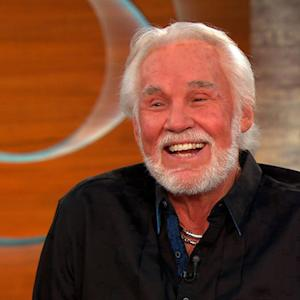 Country singer Kenny Rogers to be honored in Country Music Hall of Fame