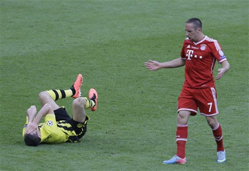 Bayern beats Dortmund 2-1 in final on Robben goal