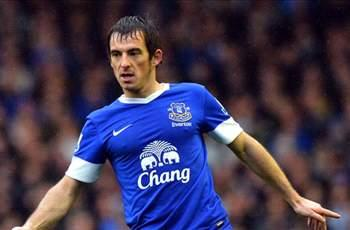 Martinez keen to reward 'phenomenal' Everton stalwart Baines