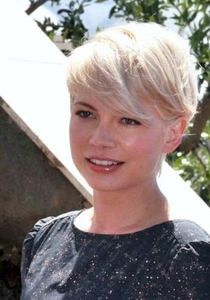 Michelle Williams is a very well respected actress.