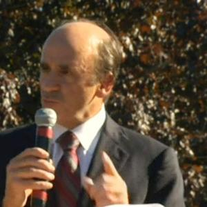 Arthur T. Demoulas wins bid to buy Market Basket