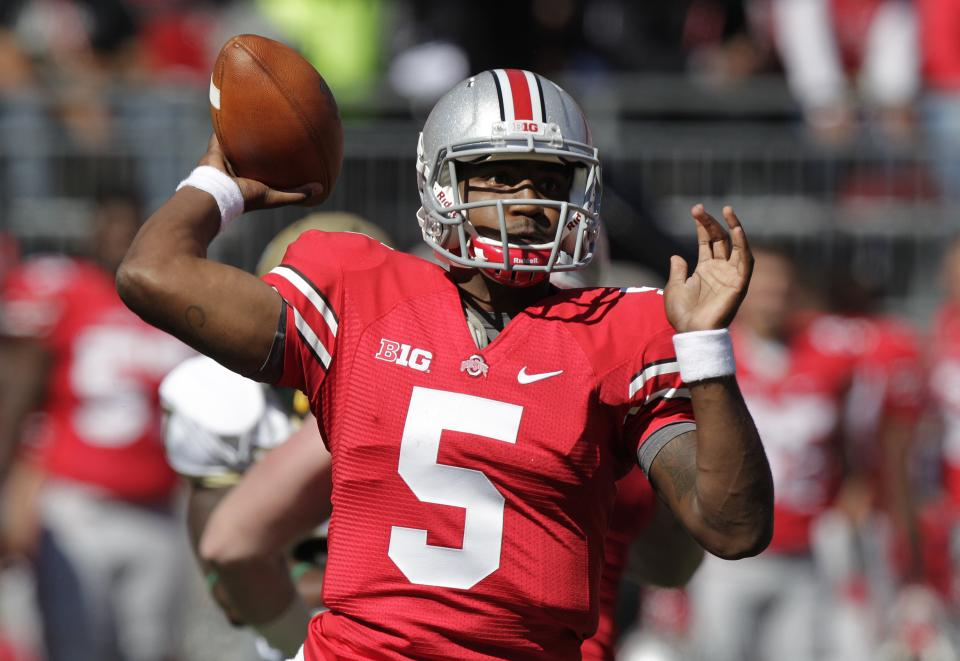 Ohio State quarterback Braxton Miller throws a pass against Alabama-Birmingham during the first quarter of an NCAA college football game Saturday, Sept. 22, 2012, in Columbus, Ohio. (AP Photo/Jay LaPrete)