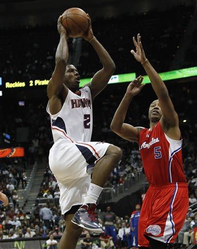 Johnson leads Hawks to 109-102 win over Clippers
