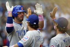 Stewart, Cubs beat Brewers 8-2 to avoid sweep