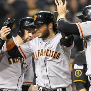 Giants Silence Pirates 8-0 to Advance