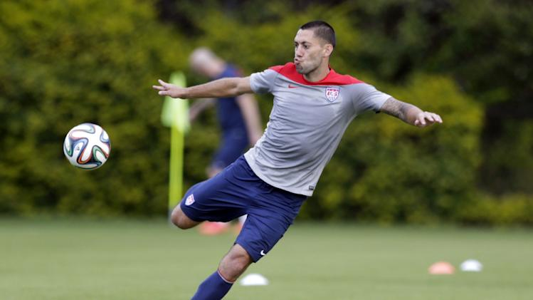 United States' Clint Dempsey works out during a training session in Sao Paulo, Brazil, Saturday, June 28, 2014. The U.S. will play against Belgium on Tuesday, July 1, in the round 16 of the 2014 soccer World Cup