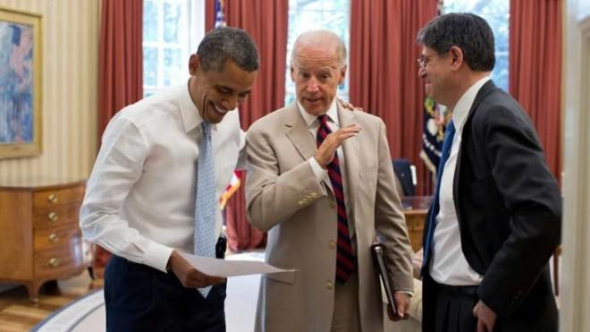 President Obama and Vice President Biden are not at all cracking wise about Jack Lew's ridiculous signature, but it'd be funny if they were.