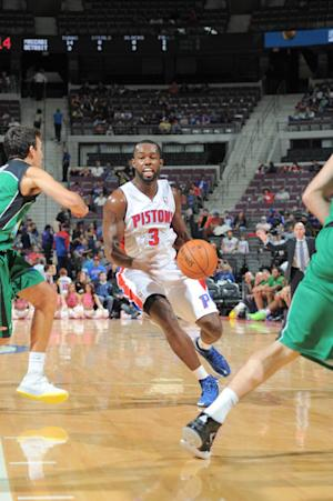 Pistons' Rodney Stuckey breaks thumb