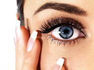 5 minutes to younger looking eyes