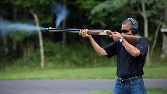 Obama Clings to Shotgun in WH Photo