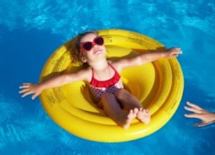 7 Things to Consider Before You Get a Pool
