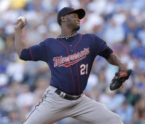 Doumit, Deduno lead Twins to 3-0 win over Royals