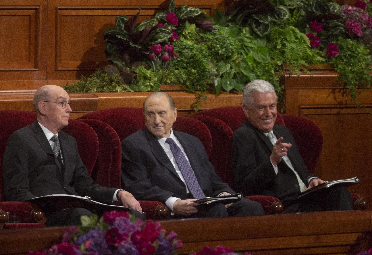 Mormons select 3 new leaders; all from Utah