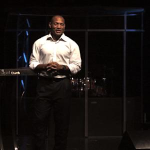 Pro Football Hall of Famer Aeneas Williams visits Ferguson