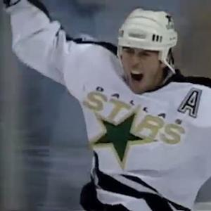 Dallas Stars retire Mike Modano's number