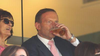 Australian Prime Minister Tony Abbott Chugged a Beer In Six Seconds Flat