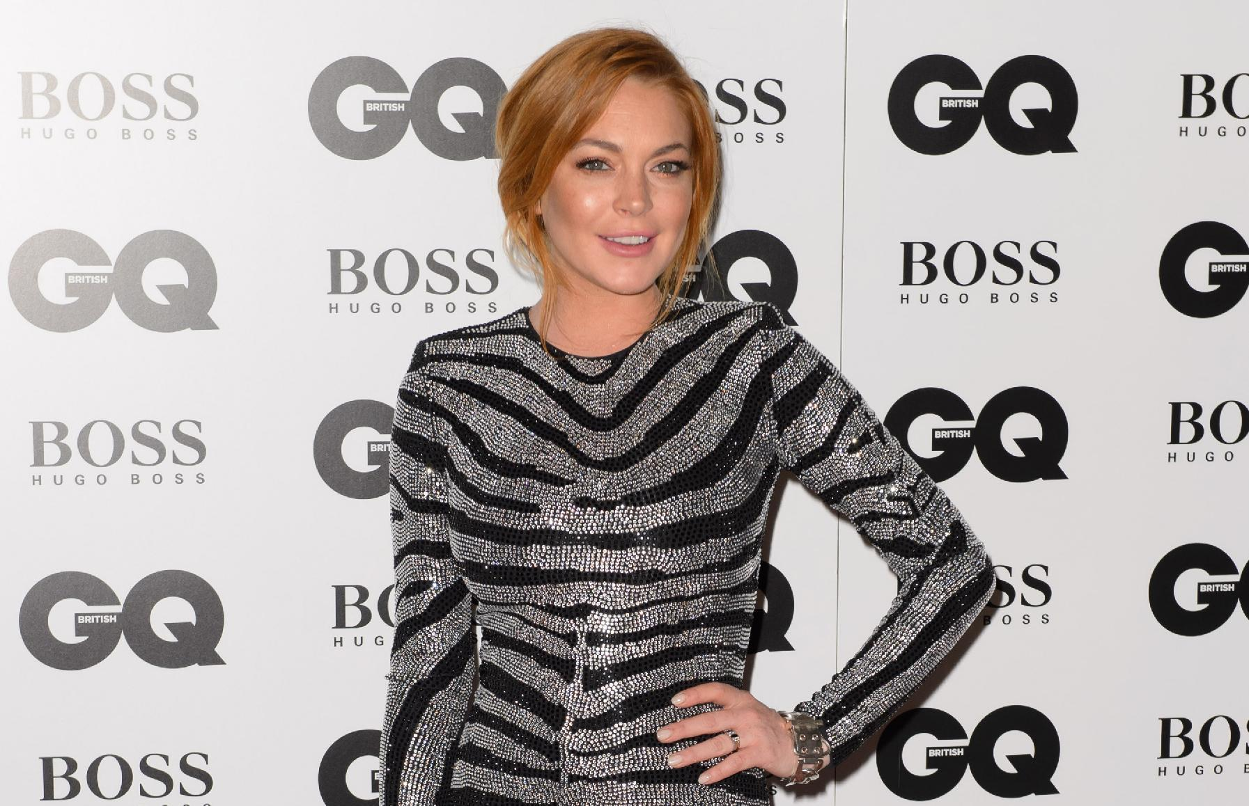 Judge orders Lohan to redo some community service hours