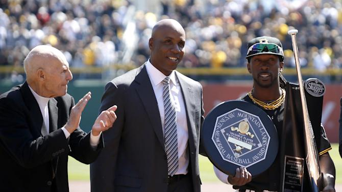Mixed reaction for Bonds in Pittsburgh homecoming