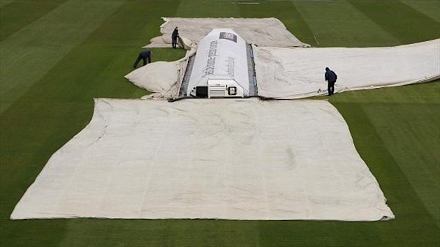 Somerset batted for only two overs before rain struck
